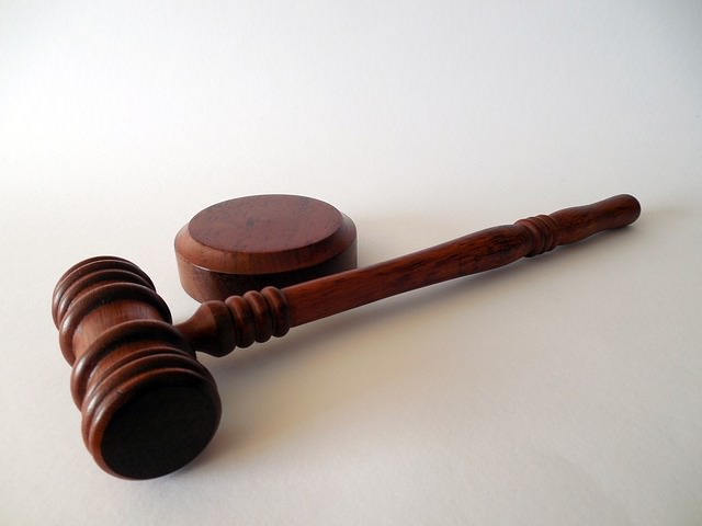 gavel for court